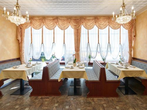 Hotel Alfa Zentrum photo 71