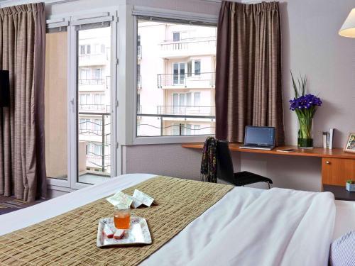 Aparthotel Adagio Porte de Versailles photo 29