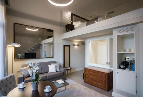 Habitación Doble Dúplex con vistas al jardín Hotel Casa Vilella 4* Sup 2