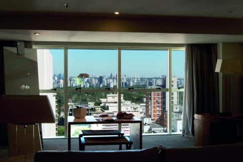Rua Oscar Freire 384, Jardim Paulista, São Paulo, SP 01426-000, Brazil.