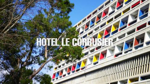 280 Boulevard Michelet, 13008 Marseille, France.