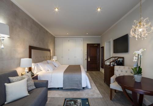 Habitación Doble con vistas al jardín Hotel Casa Vilella 4* Sup 3