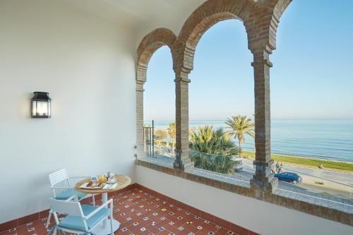 Habitación Central con vistas al mar Hotel Casa Vilella 4* Sup 8