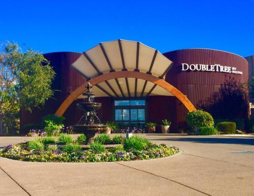 DoubleTree by Hilton Hotel & Spa Napa Valley - American Canyon - American Canyon, California
