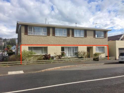 Big & Bright Guest House - Dunedin