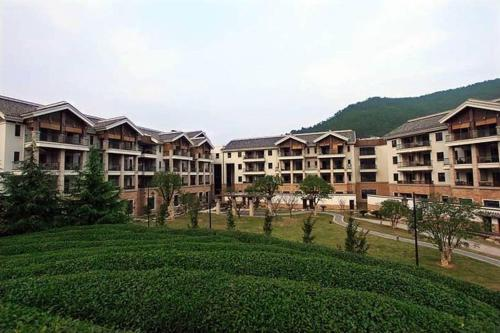 . Yuyao Yangming Hot Spring Resort