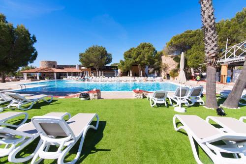 . azuLine Club Cala Martina Ibiza