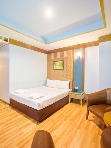 Bavana Hotel photo 45