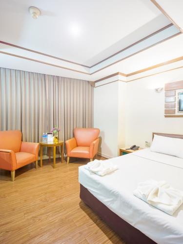 Bavana Hotel photo 47
