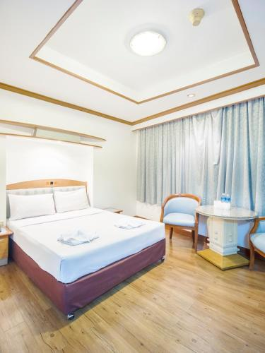 Bavana Hotel photo 50