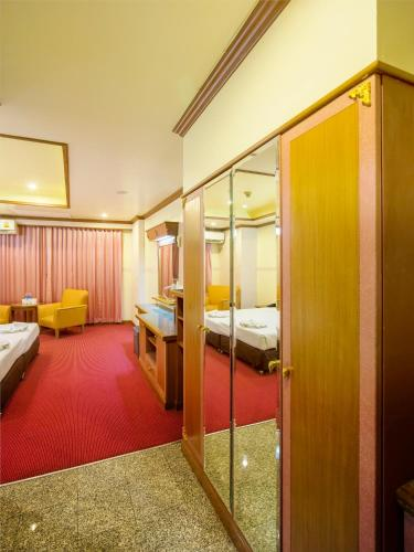 Bavana Hotel photo 53