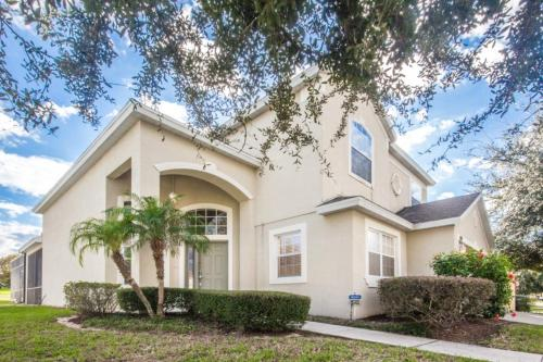 Paul's Highlands Reserve Villa - Five Bedroom Home - Davenport, FL 33897