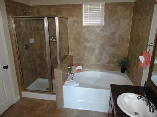 Nancy's Bella Piazza - Three Bedroom Condominium 234 - Davenport, FL 33897