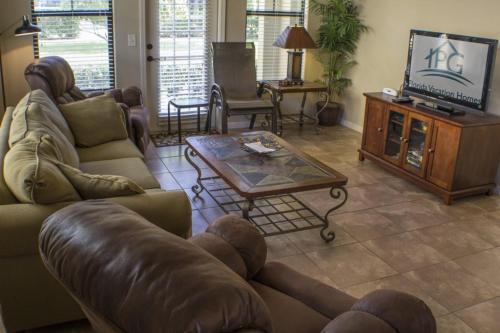 Lisa's Bella Piazza - Three Bedroom Condominium 511 - Davenport, FL 33897