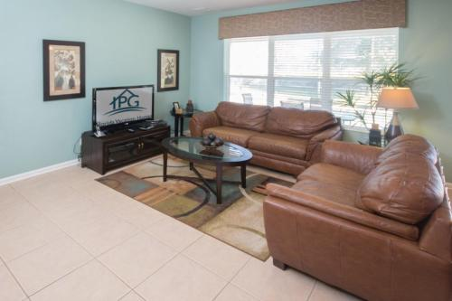 Magical Windsor Hills Villa - Six Bedroom Home - Kissimmee, FL 34747