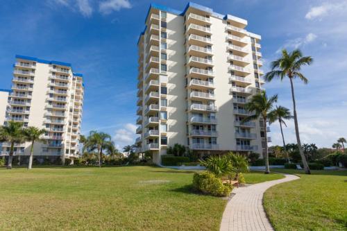 Estero Beach & Tennis - One Bedroom Condominium C-707