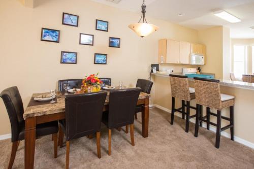 Maingated Fiesta Key Townhome Three Bedroom Home - Kissimmee, FL 34747