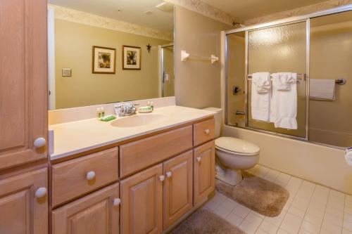 Santa Maria Harbour Resort - Two Bedroom Condominium 202 - Fort Myers Beach, FL 33931