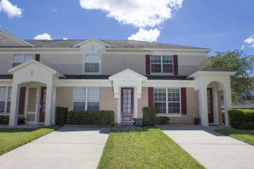 Enchanted Windsor Palms Townhouse - Three Bedroom Home - Kissimmee, FL 34747