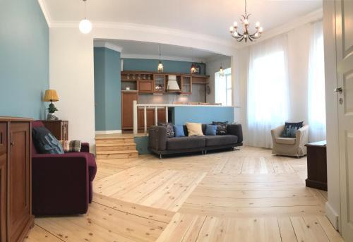 . Apartments on Moyki 51