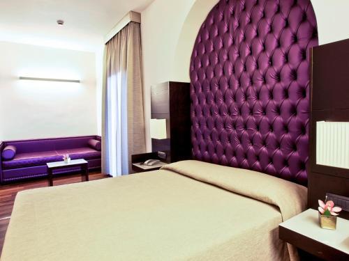 beste Angebote für UK-Shop Sonderrabatt von Caprice Hotel in Italy