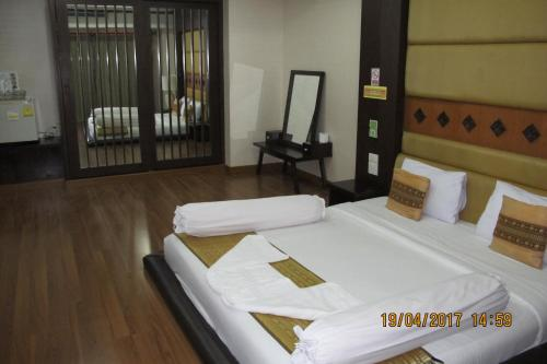 Ayutthaya Thenee Hotel photo 39
