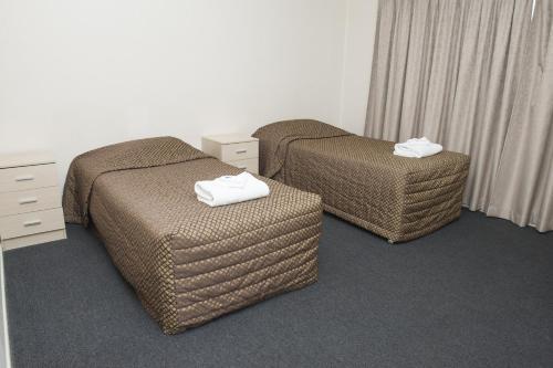 Фото отеля The Commercial Hotel Motel