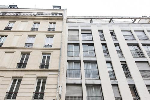 Poncelet apartment photo 6