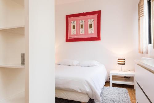 Poncelet apartment photo 12