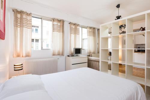 Poncelet apartment photo 14