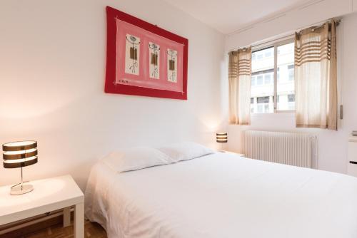 Poncelet apartment photo 17