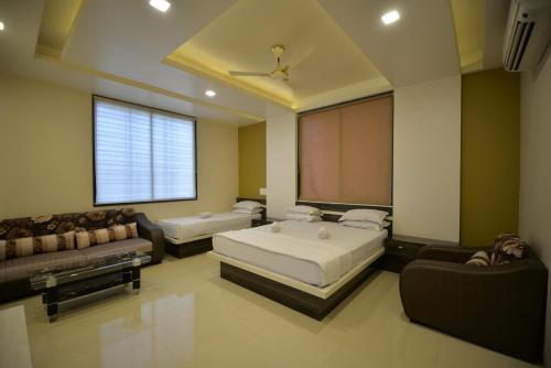 Фото отеля Hotel Radhe Krishna