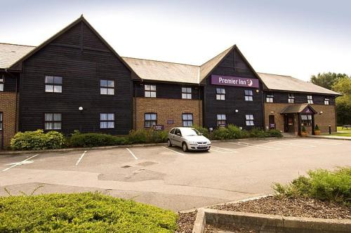 Premier Inn Farnborough West - Southwood