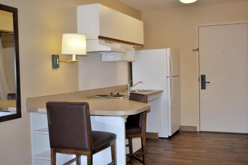 Extended Stay America - Newark - Woodbridge - Woodbridge, NJ 07095