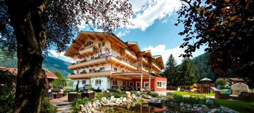 Hotel Grundlhof Bramberg a. Wildkogel