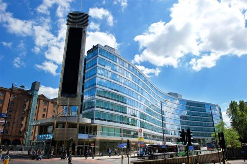 Gateway House, Piccadilly, Manchester M1 2GH, England.