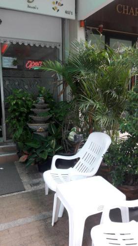No.1 Guesthouse Silom photo 4