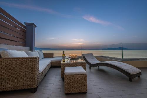 . Diamante Beachfront Suites