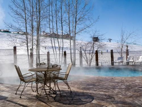 Antlers At Christie Base By Wyndham Vacation Rentals - Steamboat Springs, CO 80487