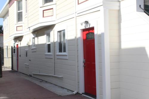 Modern 66th Street Apartment