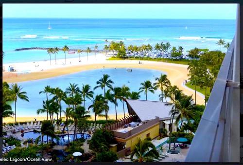 Amazing Ilikai Condo #1128 - Honolulu, HI 96815