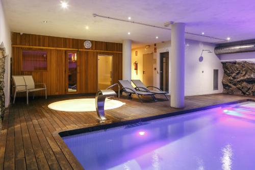 Doppel- oder Zweibettzimmer Hotel Spa Vilamont 51