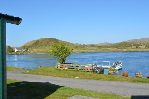 Sunnybrae, Isle of Luing - Families and Couples Only Cullipool