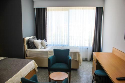 Karatas Port Marina Hotel ulaşım