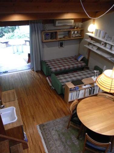 . Tajimi Guest House