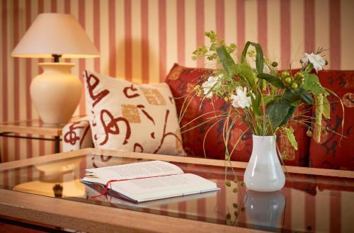 Dorint Strandhotel Binz Ruegen In Ostseebad Binz Room Deals Photos Reviews