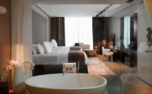 The Canvas Hotel Dubai MGallery By Sofitel photo 3