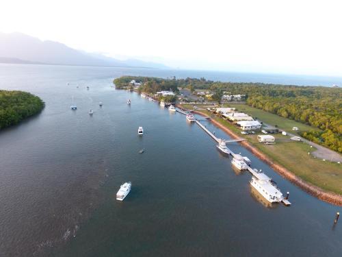 . Lucinda Fishing Lodge