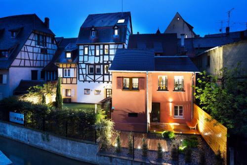Hotel Le Colombier Suites - Hôtel - Colmar