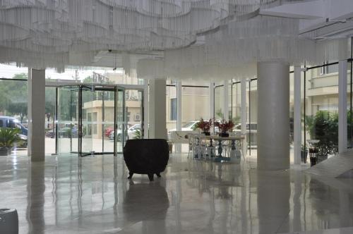 Beijing Springs Valley Hotel photo 3